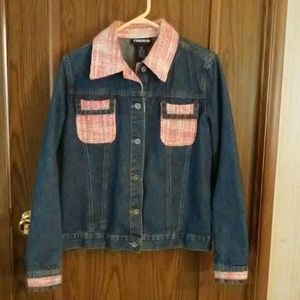 Forenza jean jacket with pink tweed trim size med